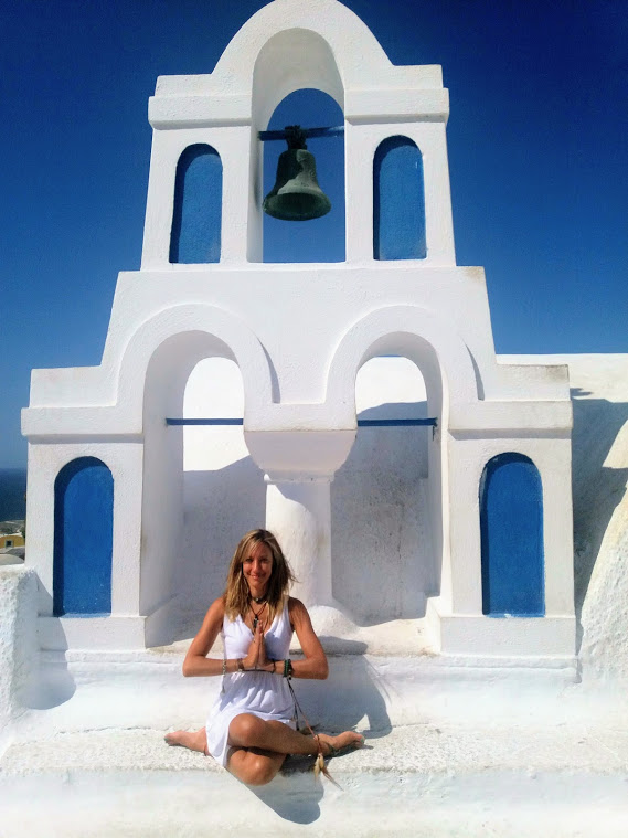 Julie Jewels Bertrand Soul Journey Retreat Santorini Greece Oia